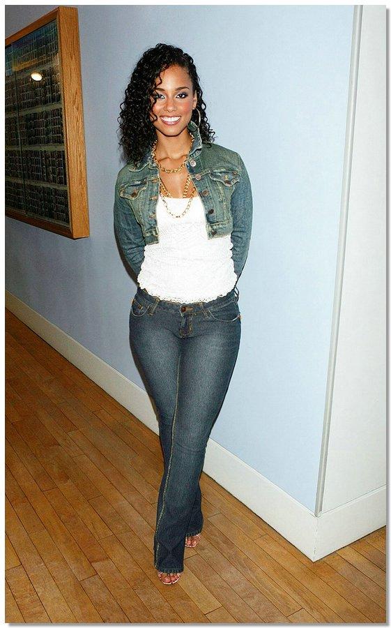 celebsinjeans05 Какие джинсы выбирают «звезды»