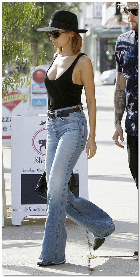 celebsinjeans08 Какие джинсы выбирают «звезды»