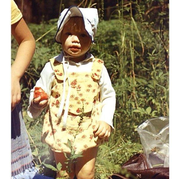 childcelebs16 Эстафета детских снимков: как звезды выглядели в юном возрасте